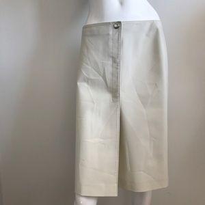 PRADA Cream Pencil Skirt (R.$575)